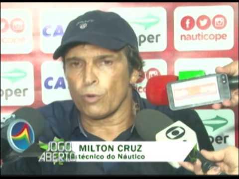 Juninho faz dois gols e Sport vence o Náutico na Ilha do Retiro