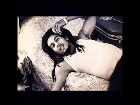 Video Waiting in vain- Rare acoustic- Bob Marley (19 min version) download in MP3, 3GP, MP4, WEBM, AVI, FLV January 2017