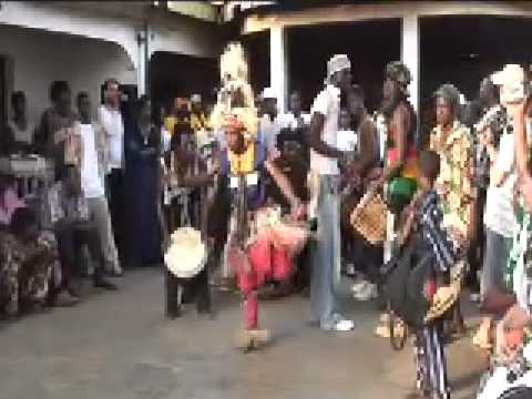 FANTASTIC Dununba Drum and Djembe Dance Party with Kamoko Sano (Kemoko Sano)3