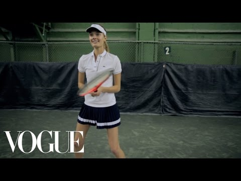 Constance Jablonski - The Victoria's Secret model takes us to New York City's Midtown Tennis Club, where she regularly hits the court with trainer Miguel Astorga for an arm-and-leg toning workout. Watch Vogue...