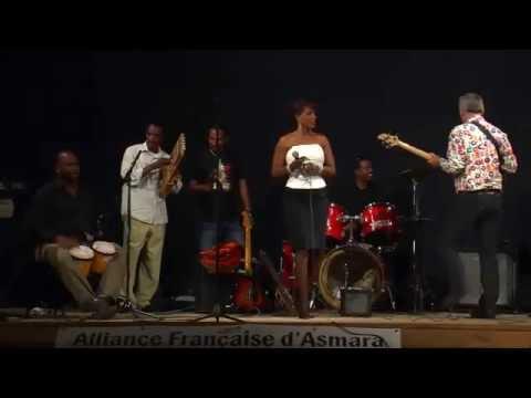 """AMAJO"" - Faytinga singing Live during a concert of the Asmara All Stars, Asmara, Eritrea, Oct-2010"
