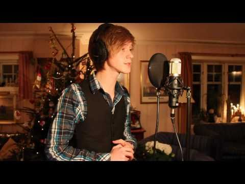 when christmas comes to town the polar express magnus tonning riise - Polar Express When Christmas Comes To Town Lyrics