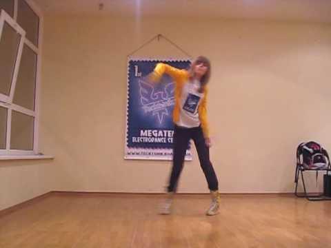 Девочка из Харькова танцует тектоник