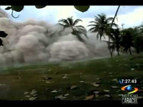Demolición por implosión 223 kilos de explosivos fueron usados en la destrucción de un edificio en Coveñas.