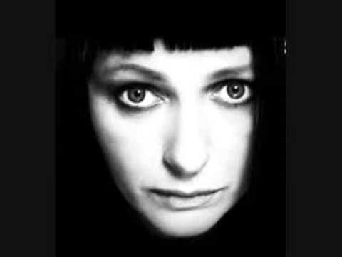 Tekst piosenki Kasia Nosowska - My Faith Is Stronger Than The Hills po polsku