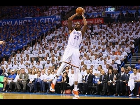 Oklahoma City's Kevin Durant hits an incredible 3-pointer against Grizzlies