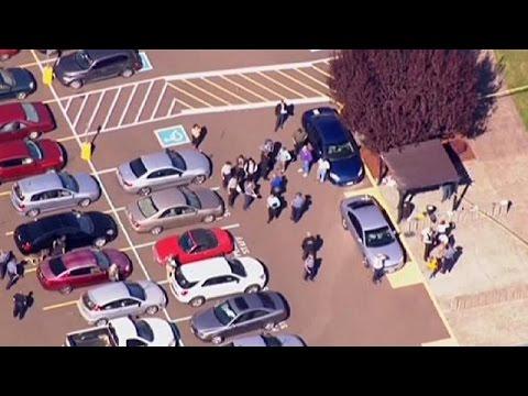 Πυροβολισμοί σε κολέγιο του Όρεγκον – Τουλάχιστον 13 νεκροί