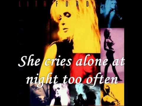 Tekst piosenki Lita Ford - Only women bleed po polsku