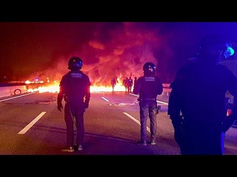 Αποκλεισμοί δρόμων από Καταλανούς αυτονομιστές