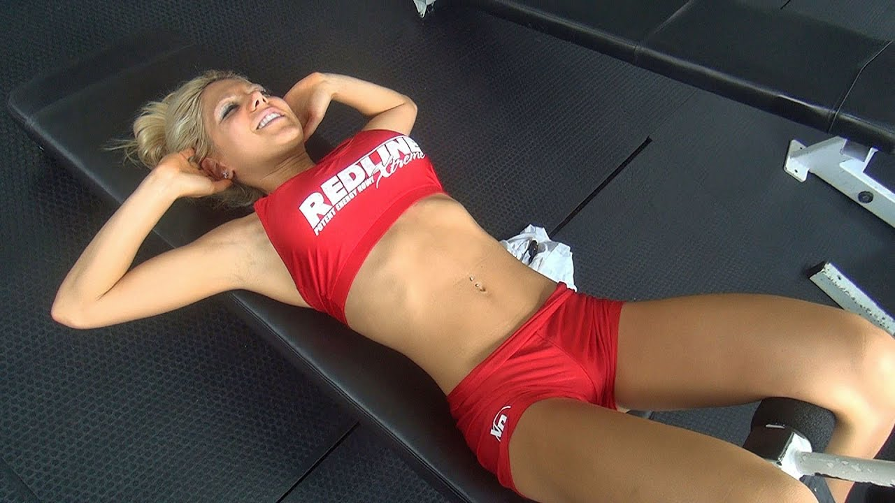 Women's Gym Ab Workout! Chelsey Novak
