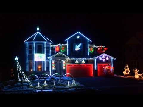 Download 2016 Christmas Light Show - Lights on Pascolo HD Mp4 3GP Video and MP3