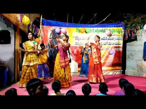 Video BETHLEHEMU LO SANDADI DANCE BY EL-SHADDAI CHURCH YOUTH download in MP3, 3GP, MP4, WEBM, AVI, FLV January 2017