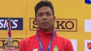 Video Pengalungan Medali Emas Lalu Muhammad Zohri. Indonesia Menang. MP3, 3GP, MP4, WEBM, AVI, FLV Januari 2019