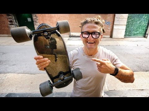 TINY CARBON FIBER HIGH POWERED ELECTRIC SKATEBOARD