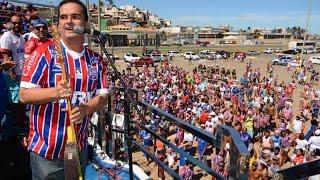 Nação tricolor lotou o aeroporto na tarde deste domingo !!! O trio elétrico com o cantor Ricardo Chaves comanda a festa tricolor na Boca do Rio.