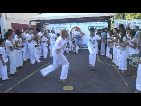 I Festival Existe Amor em Mirandópolis - Apresentação - Capoeira part 2
