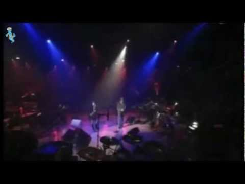 , title : 'Dolores O`Riordan & Zucchero - Pure Love (Puro Amore) - Widescreen / Live / LyRiCs'