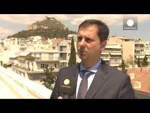 X. Θεοχάρης: Πρωθυπουργός και ΥΠΟΙΚ σε διακοσμητικό ρόλο