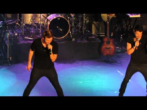 Nick & Knight - 90's Medley - Vancouver (06)