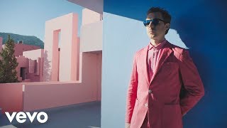 Thumbnail for Martin Solveig — Do It Right (Official Video)