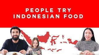 Video Episode 2: People Try Indonesian Food  | Ciao! Indonesia 2018 MP3, 3GP, MP4, WEBM, AVI, FLV September 2018