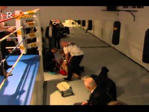 boxing bloopers accidents 2011 fighter/boxer falls out of ring