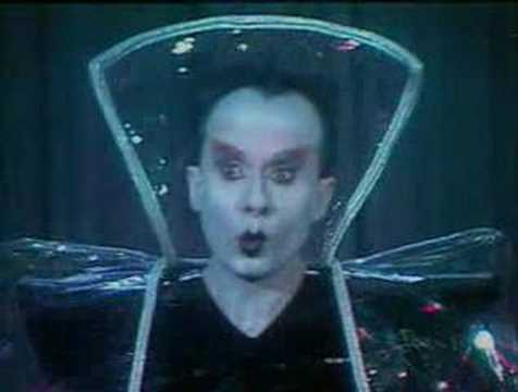 "Klaus Nomi - ""Cold Song"" en direct 1982"