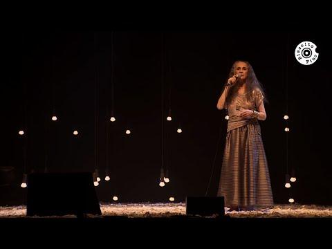 "Maria Bethânia - ""A Dona do Raio e do Vento"" (Ao Vivo) – Carta de Amor"