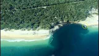 Rainbow Beach Australia  city pictures gallery : Massive Sinkhole Swallows Campsite On Australia's Rainbow Beach