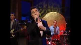 Morrissey - Let Me Kiss You (Live 8-24-04)