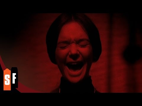 The Legend Of Hell House (2/2) Spirit Appears During Trance (1973) HD