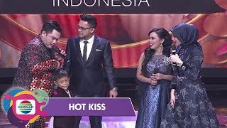 Video Kelucuan Adik Selfi Tagih TV dan Kulkas pada Nassar - Hot Kiss MP3, 3GP, MP4, WEBM, AVI, FLV April 2019