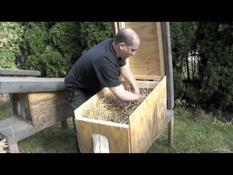 outdoor cat house plans - Download building plans for these feral cat ...