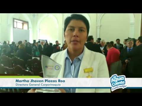 Condecoración a Dir. Gnrl. Martha Plazas Roa por FENALPRENSA