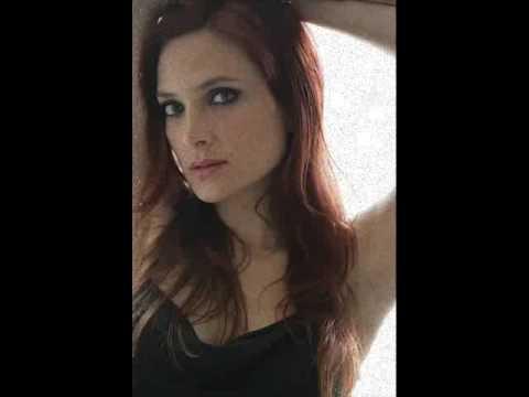 Tekst piosenki Nicole (Chile) - Detrás De Mi Puerta po polsku