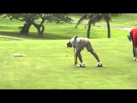 Raw: Obama Plays Golf During Hawaii Vacation