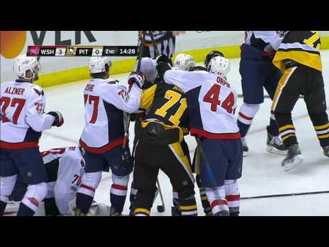 Video: Hornqvist got a little too rough with Oshie