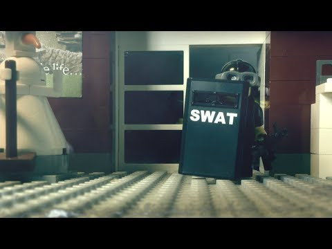 LEGO stopmotion SWAT brickarm action: