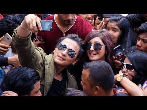 (हलमा पल र आंचलको यस्तो क्रेज देखियो-New Nepali Movie JOHNNY GENTLEMAN  Hall report - Duration: 13 minutes.)