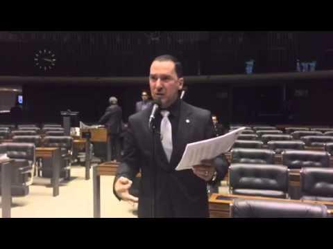 Deputado Vinicius Carvalho critica declaração de ministro da Justiça, Eduardo Cardozo
