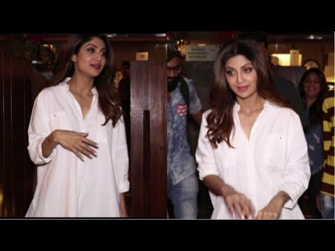 Shilpa Shetty Spotted At Indigo Delicatessen  Restaurant