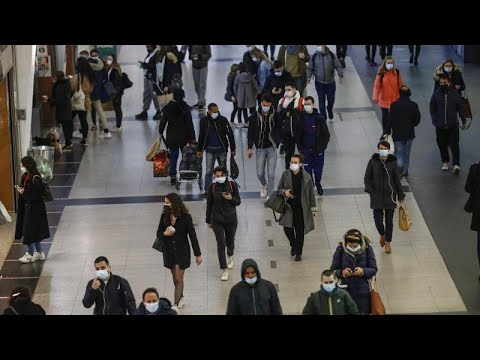 """""""Confiner sans enfermer"""" : la troisième voie française accueillie avec résignation et espoir"""
