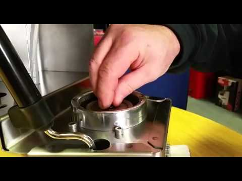 Gaggia Classic 2015 Cleaning the Brew Head Valve