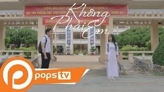 Trailer Không Phải Em - S.O.L ProductionPOPSTV - Kênh giải trí hàng đầu Việt NamPOPS TV đem đến cho khán giả những nội dung hấp dẫn cập nhật mỗi ngày. Đăng ký theo dõi POPS TV, khán giả sẽ được thưởng thức những video mới nhất, hay nhất thuộc nhiều thể loại: hài, phim, các show giải trí do các nghệ sĩ nổi tiếng như Hoài Linh, Trường Giang, Vân Sơn, Nhật Cường… cùng các nhóm sáng tạo nổi tiếng nhất hiện nay như Ghiền Mì Gõ, Fap TV, Mowo… thực hiện. Với những video hài kịch vui nhộn, những bộ phim đặc sắc, ý nghĩa, cùng hàng ngàn các nội dung giải trí hấp dẫn khác sẽ thỏa mãn nhu cầu giải trí của bạn.Subscribe kênh để đón xem những video mới nhất tại: https://goo.gl/usOu5EFacebook POPS TV tại: http://goo.gl/a2lyyn và: https://goo.gl/vu4qPuGoolge Plus G+: https://goo.gl/xyvYfHTải ứng dụng POPS cho thiết bị di động IOS, Android, Window Phone tại đây: http://goo.gl/v64YGWXem thêm nội dung giải trí hấp dẫn, phong phú tại www.pops.vn