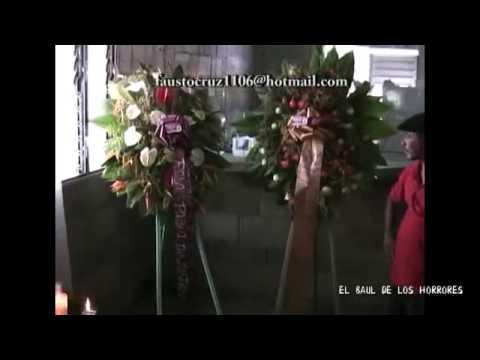 uno spirito si manifesta ad un funerale - pazzesco!