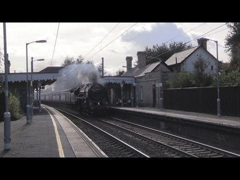 70013 Oliver Cromwell storms through Newport (Essex) with...