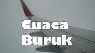 Video Terbang saat Cuaca Buruk    Garuda Indonesia Retro Livery Boeing 737-800 NG Bandung Menuju Surabaya MP3, 3GP, MP4, WEBM, AVI, FLV Mei 2019