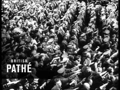 Parade Vor Dem Schopfer Grossdeutschlands Aka German Military Parade - Hitler Takes Salute (1940)