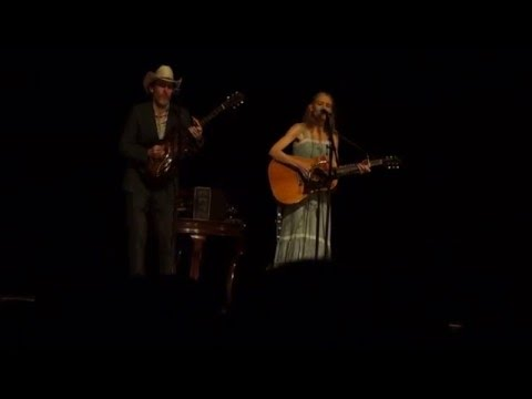 Gillian Welch & Dave Rawlings - Make me up a  pallet on your floor