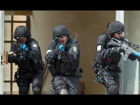 Innenminister Beuth rüstet auf: Wenn sich Polizisten  ...
